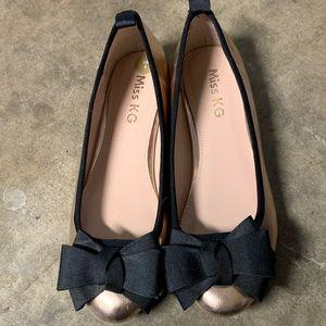 Shoes - Dressy flats